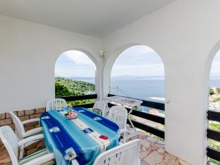 Apartments Vinka - 45671-A2 - Necujam vacation rentals
