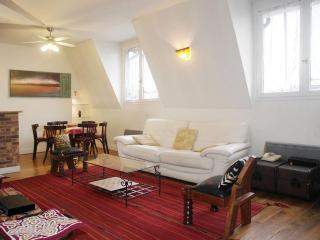 Bastille 3 bedroom (2301) - 11th Arrondissement Popincourt vacation rentals