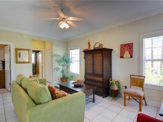 Purple Parrot 18CU - Pensacola vacation rentals