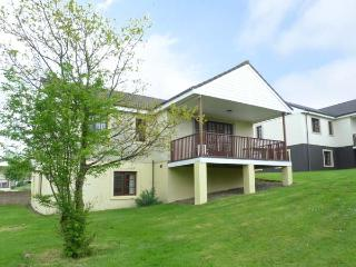 TURNBERRY 4, detached lodge with access to indoor swimming pool, gym, close golf, ideal touring base, Dailly Ref 912694 - Straiton vacation rentals