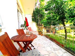 Terrace Apartment in Podstrana - Podstrana vacation rentals