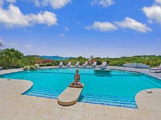 Sol e Luna - Stunning villa with air conditioning, pool & spectacular view - Terres Basses vacation rentals