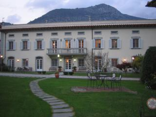 villa del Papa - camere 2persone - Lucca vacation rentals