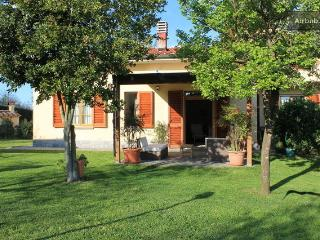 Chianti Apartment in Villa Felceto - Figline Valdarno vacation rentals