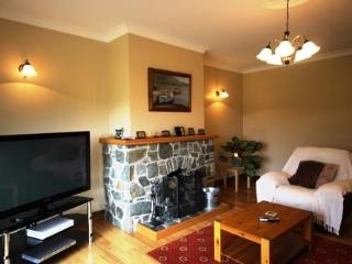 White Thorn House, Beaughaneen - Connemara vacation rentals