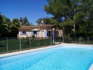 Holiday rental Villas Saint Cannat (Bouches-du-Rhône), 160 m², 1 995 € - Saint-Cannat vacation rentals
