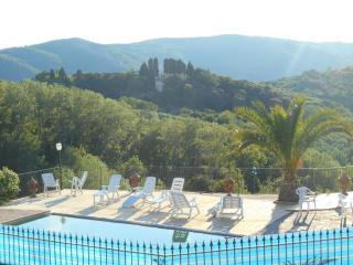 Casale il Querceto - Mandorlo - Rignano sull'Arno vacation rentals