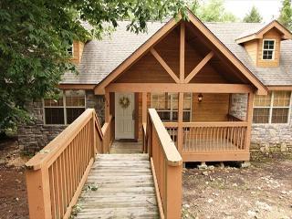 DeerHaven Lodge : 2 Bedroom, 2 Bath Stonebridge Resort Cabin - Galena vacation rentals