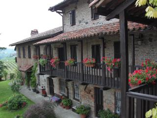 Casa Giuliana - Asti vacation rentals