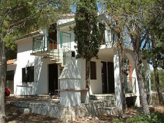 Villa Maritima II - Cove Makarac (Milna) vacation rentals