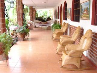 Out door Hallway - Beautiful Villa Near Granada - 2 Master Suits - Granada - rentals