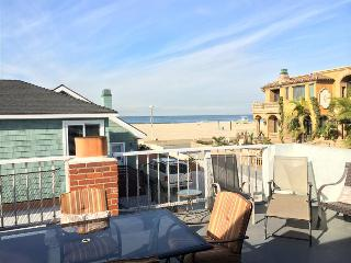 Hermosa Beach Splendor 9 - Large Home Steps to the sand! Awesome Sunset Views from its Terrace! - Hermosa Beach vacation rentals