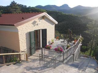 La Casetta di Alice e Nonno Paco - Sestri Levante vacation rentals