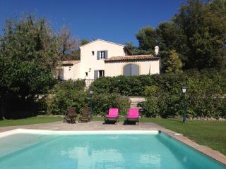 Villa Les Cypres - Aix-en-Provence vacation rentals