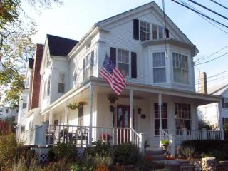 Wonderful Spacious In-Town Classic 116941 - Vineyard Haven vacation rentals