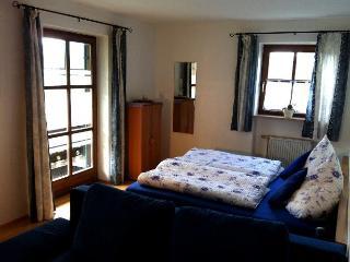 Vacation Apartment in Oberammergau - 398 sqft, Central, quiet location, bright, cozy furnished (# 4258) - Oberammergau vacation rentals