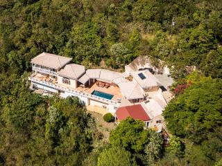 Affordable 6 Bedroom Luxury Villa With Pool & A/C - Tortola vacation rentals