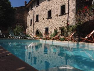 Wonderful apartments in Tuscany close to 5 Terre - Tuscany vacation rentals