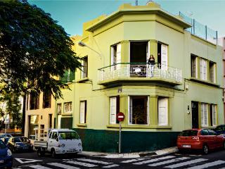ROOMS IN BEAUTIFUL CITY-VILLA2 • SANTA CRUZ•CENTER - Santa Cruz de Tenerife vacation rentals