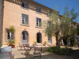 LA MAISON VIEILLE - Carcassonne vacation rentals