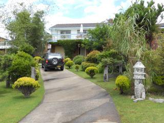Golf at Glasshouse rocks - Narooma vacation rentals