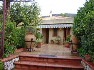 Villa close beach & center WIFI - Cefalu vacation rentals