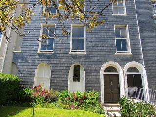 Stylish Georgian 3 bed with Parking City Centre - Plymouth vacation rentals