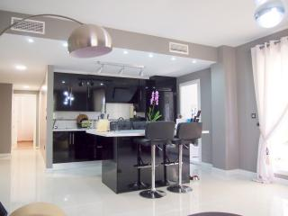 3 bedroom luxury groundfloor appartment in banus - Puerto José Banús vacation rentals
