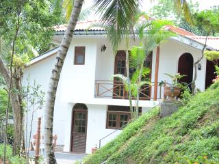 Shady Grove Tourist Bungalow - Kandy vacation rentals