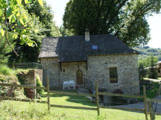 Gîte de la chapelle du Gourg - Rodez vacation rentals