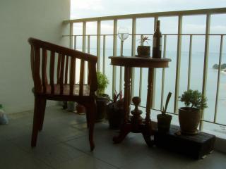 Beach Condo Holiday Letting. - Batu Ferringhi vacation rentals