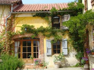 Maison Balenti - Madiran vacation rentals