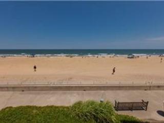 A-105 Grand Bleu - Virginia Beach vacation rentals