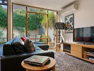 FitzGeorge - 2 bedroom in prime Melbourne location - Ascot Vale vacation rentals