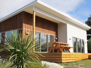 JACKS BACH - LAKE TEKAPO - Lake Tekapo vacation rentals