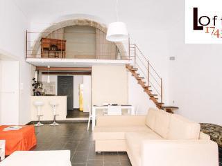 1743LOft arcoSuite, da 2 a 5 posti, Siracusa - Augusta vacation rentals