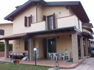 Villa vicinanze Sirmione-Peschiera Lago di Garda - Sirmione vacation rentals