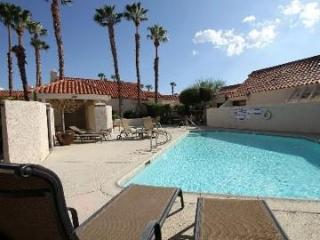 LocationUpgraded2 MasterWiFi,Pool,FreeUS&CA phone - Palm Desert vacation rentals