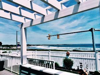 Ocean Front Property with Panoramic Views! - Middletown vacation rentals