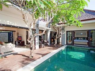 Hanali Villas, Balinese Stunning 3 Bedroom Villa - Seminyak vacation rentals