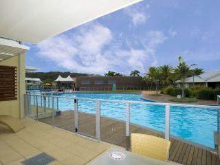 Pacific Blue Apartment 180, 265 Sandy Point Road - New South Wales vacation rentals