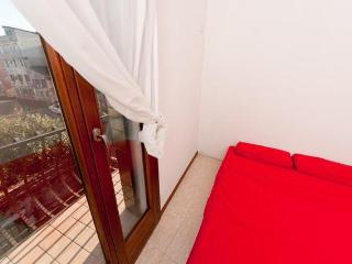 Spacious 3 br apartment with garden in Cannaregio - Friuli-Venezia Giulia vacation rentals