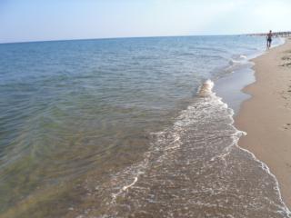 stanza indipendente, 50 metri dal mare - Marina di Ginosa vacation rentals