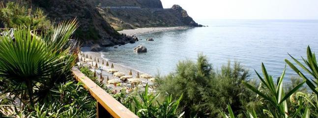 Bilocale in residence Gioiosa Marea - Patti vacation rentals