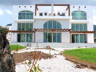 Luxurious Appartment + pool - Tatlisu vacation rentals