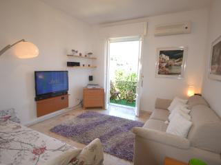 Alloggio piano attico zona porto - Santa Margherita Ligure vacation rentals