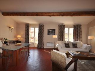 Apartment Clemenceau, 2bedrooms, terrace, Cours Mi - Aix-en-Provence vacation rentals