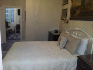 Ground zero french quarter sexy condo - New Orleans vacation rentals