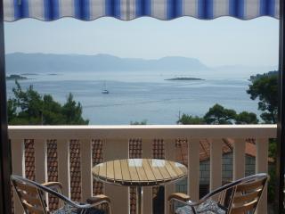 Apartment Koludrt nmb 2 - Lumbarda vacation rentals