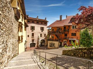 4 star apartment in the heart of Annecy old town - Annecy vacation rentals
